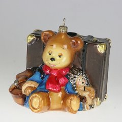 Teddy and hedgehog with suitcase
